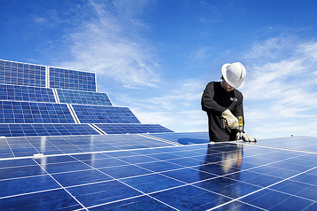Website aims to become the yelp for solar power energy news network