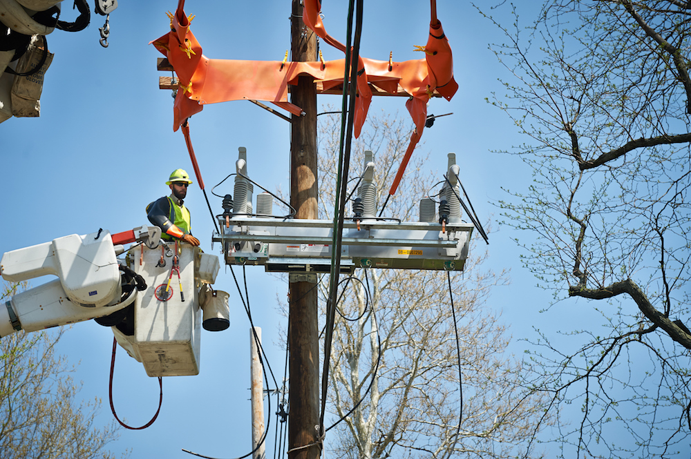 Smart-switching technology a key component for improving grid ...