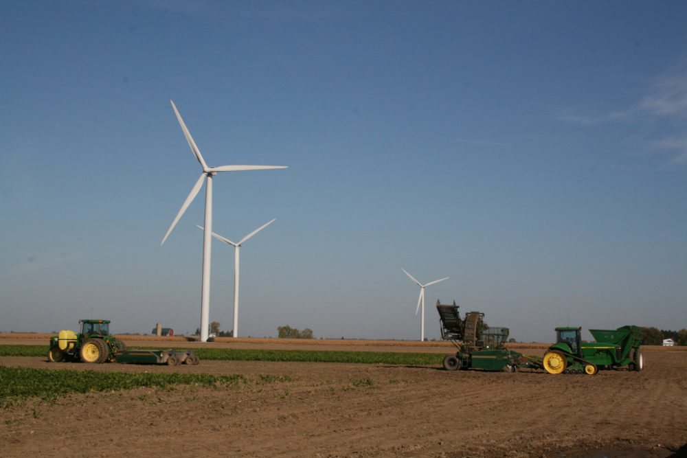 DTE Energy proposes new wind, solar projects in MI