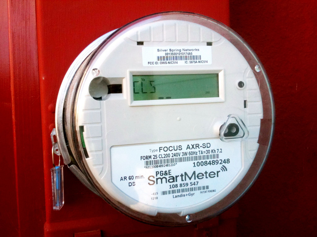Michigan, Illinois lead the Midwest in smart-meter installations