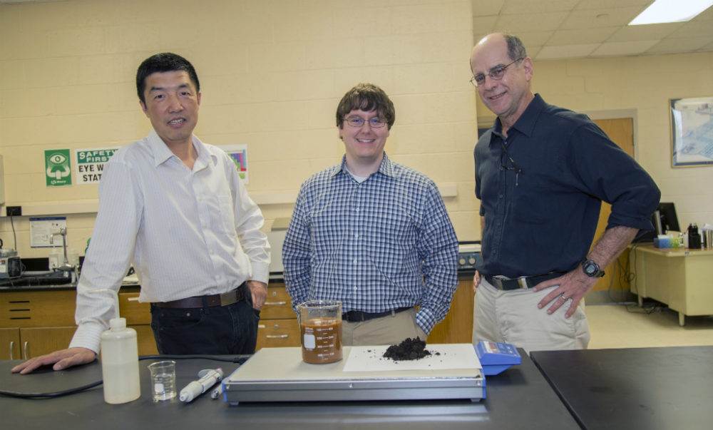 Appalachian coal mine waste could provide key ingredients for clean