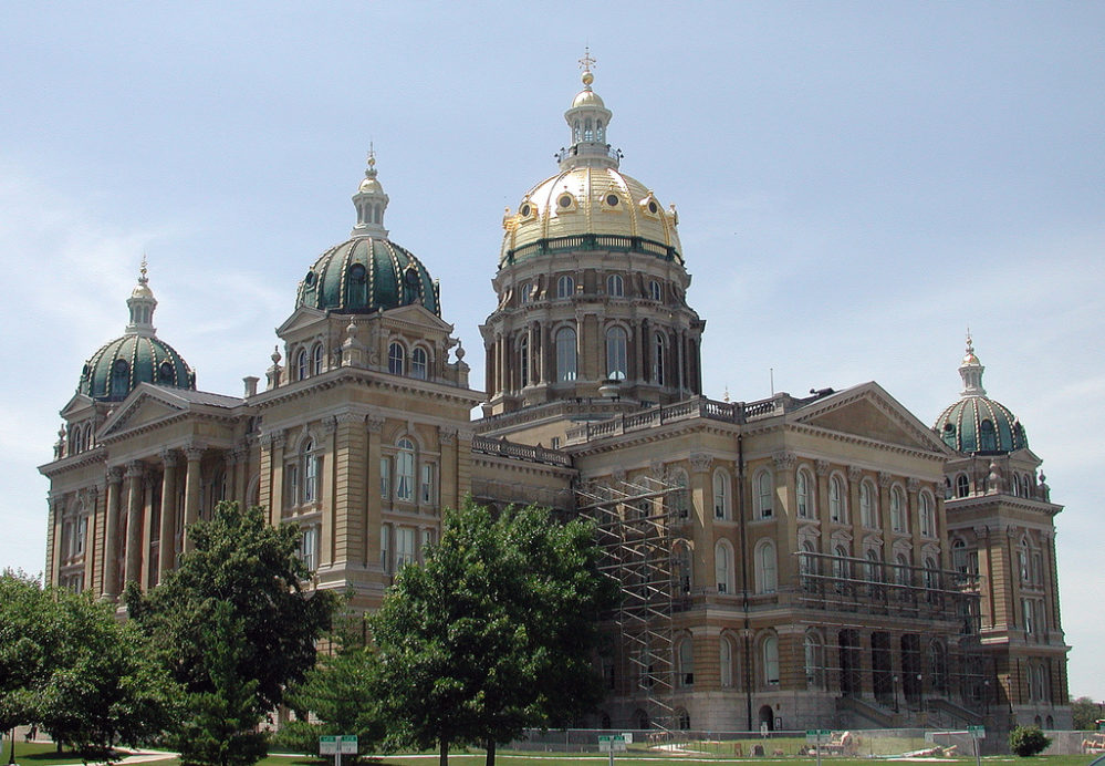 Iowa Lawmakers Just Passed a Bill to Ban Abortion After Six Weeks