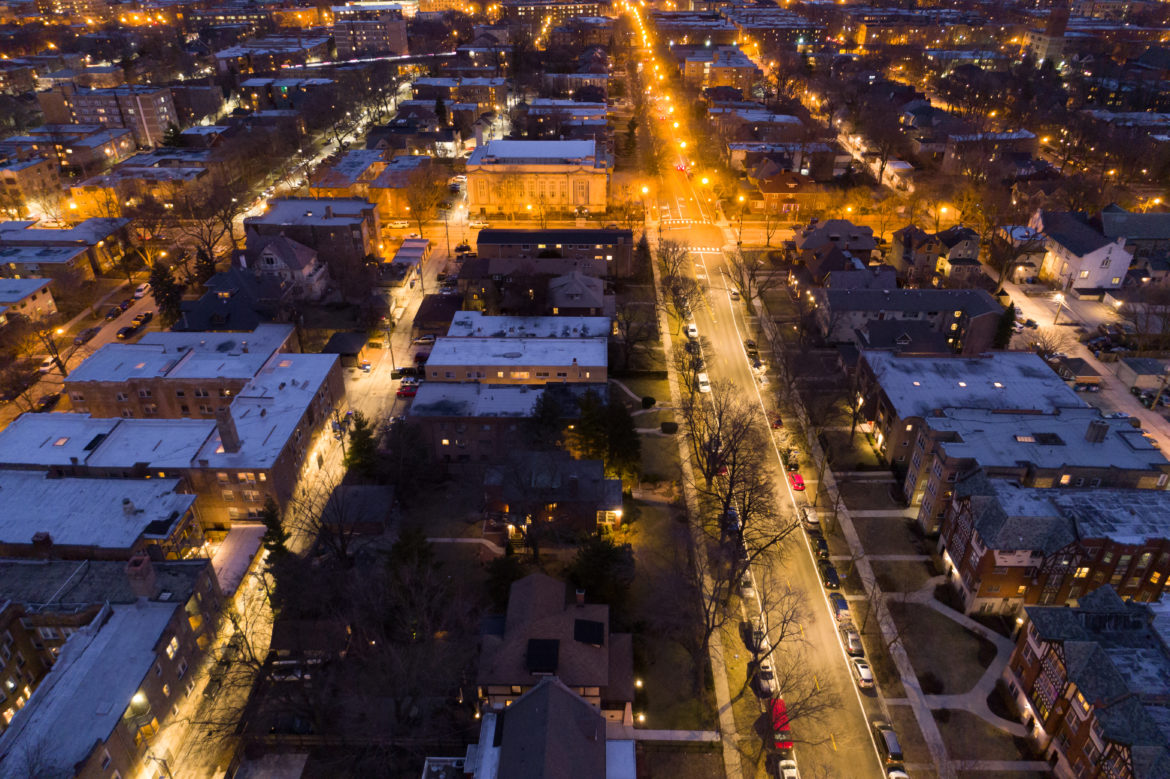Here S What Chicago S New Led Street Lamps Look Like From
