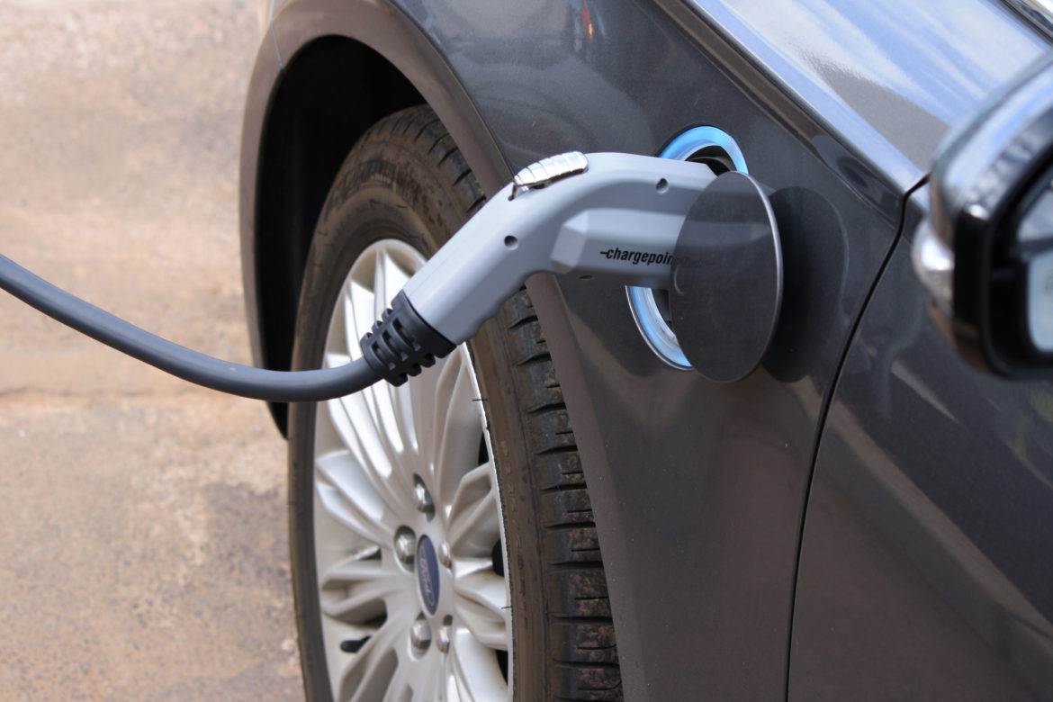 Machusetts Por Electric Vehicle Rebates Are About To Shrink